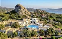 GRAND RELAIS DEI NURAGHI - Sardinie sever