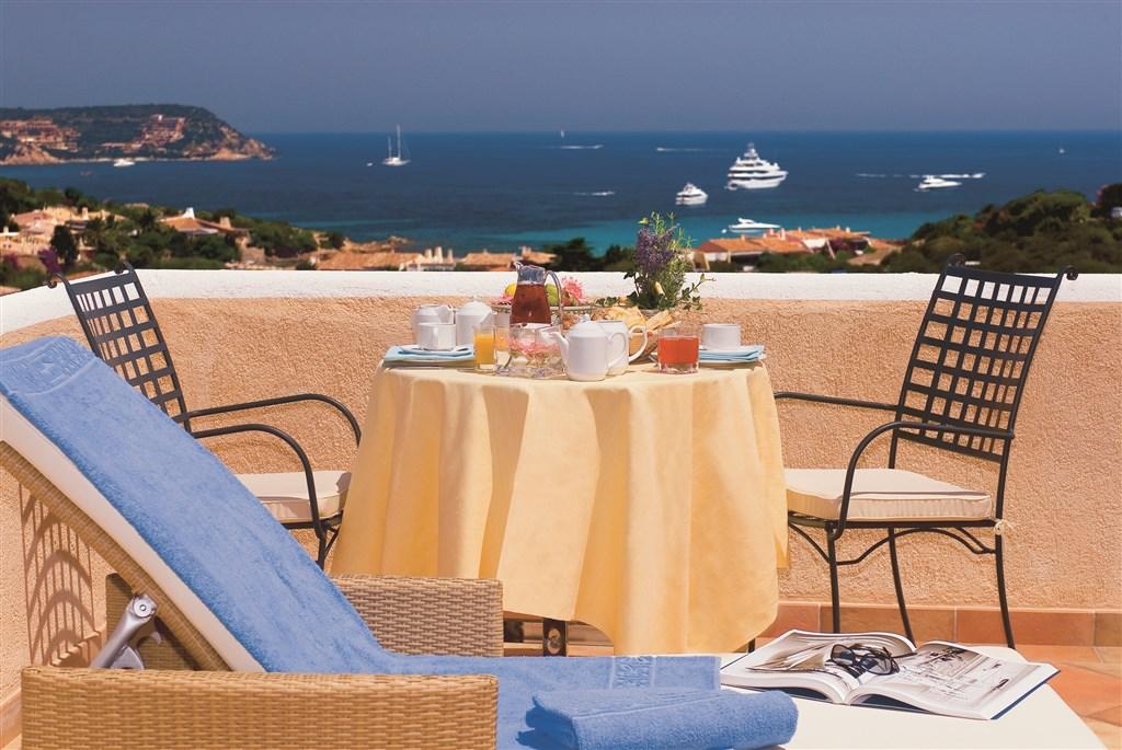Suite Royal - snídaně na terase