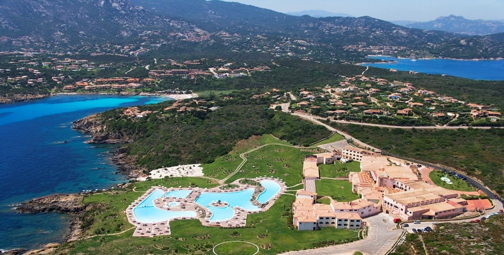 COLONNA RESORT -