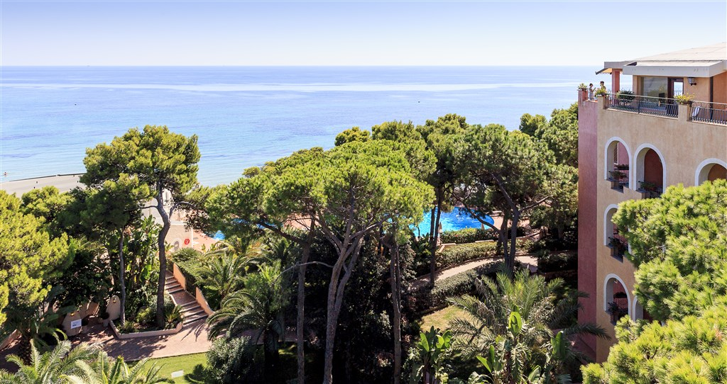 FORTE VILLAGE RESORT - CASTELLO -