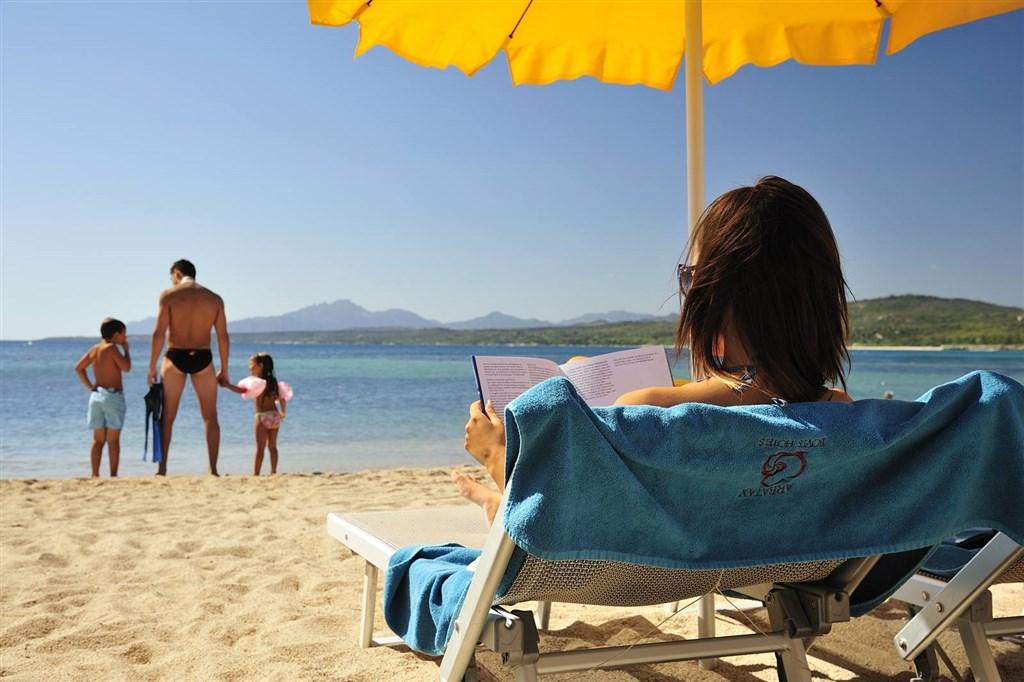 Hotelová pláž, Arbatax, Sardinie