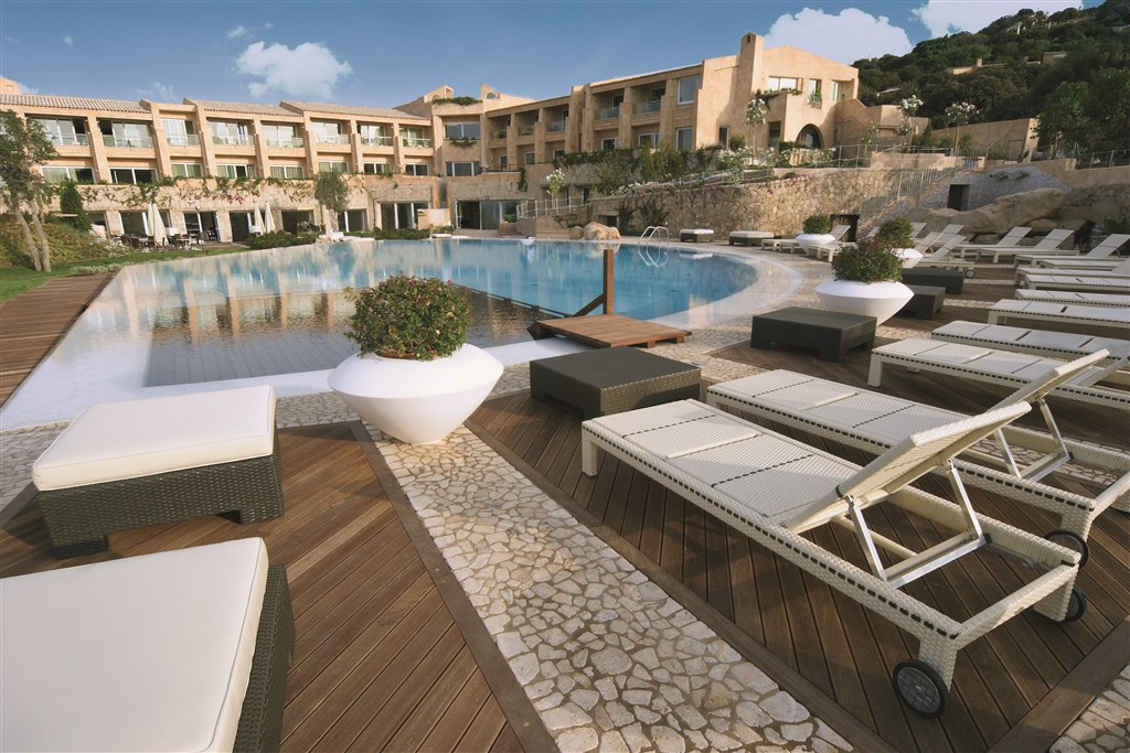L´EA BIANCA LUXURY RESORT - Sardinie sever