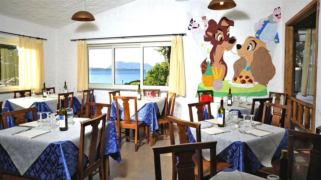 Bungalow Club Village - Restaurace, San Teodoro, Sardinie