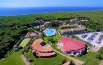 HORSE COUNTRY RESORT & SPA (55+) -