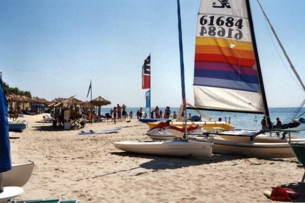 Vodní sporty na pláži - LA PINETA